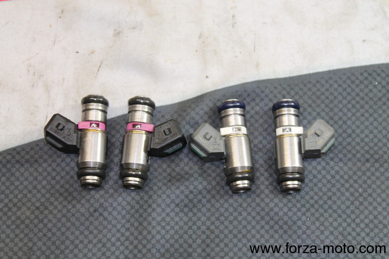 Ducati Kit 4 Injectors For 1098r 1098rs 28040161a 28040151a
