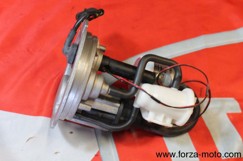 orig_img 6692 05 ducati fuel pump complete for 916 996 998 748 (16090371a) ducati  at edmiracle.co