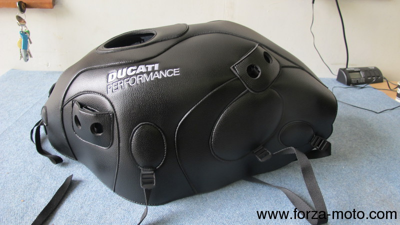 ducati performance tank cover + specific bag for monster